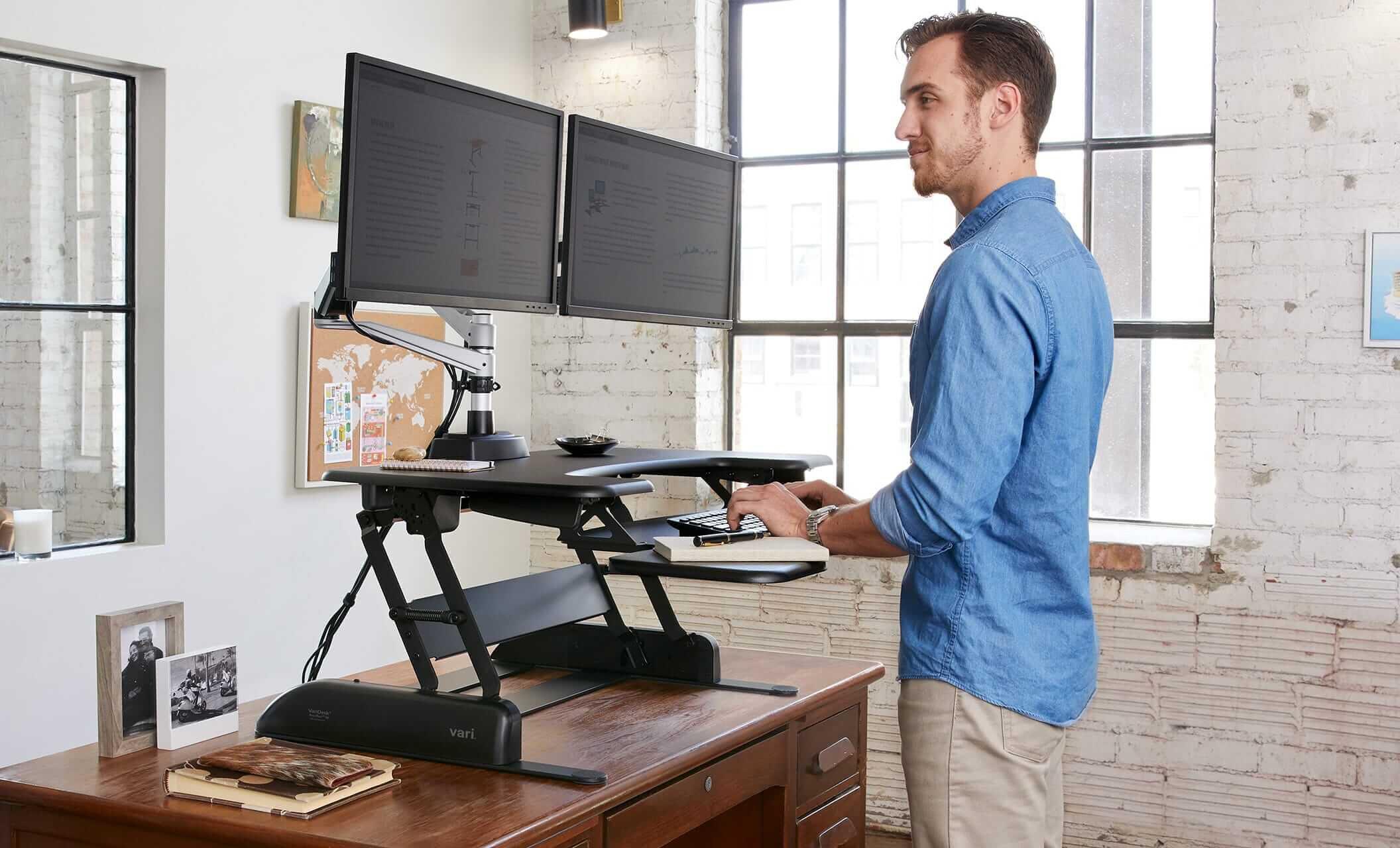 Using Standing Desks In Libraries